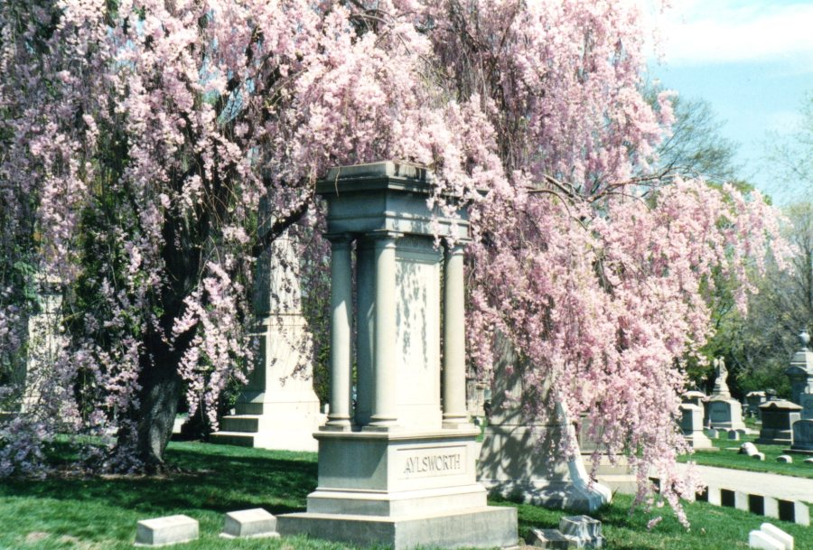 The Aylsworth family monument