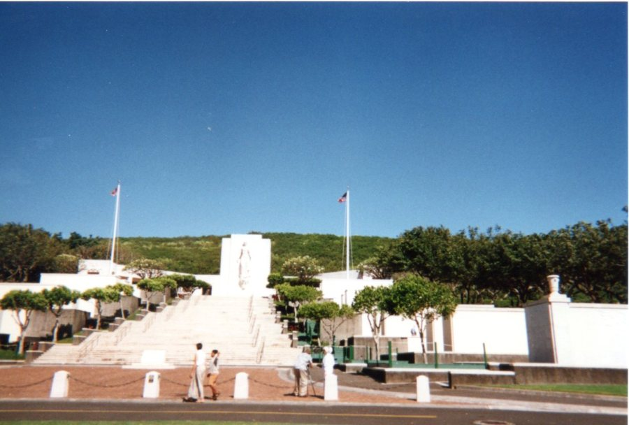 From the bus, the Honolulu Memorial,  with the Courts of the Missing