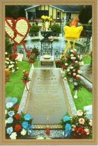 Official souvenir postcard of Elvis's grave.