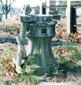 Anchor and windlass grave marker in the Old North Burial Ground, Providence