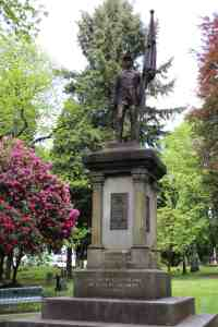 The Soldiers' Monument at Lone Fir.