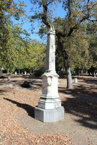 Union Cemetery obelisk