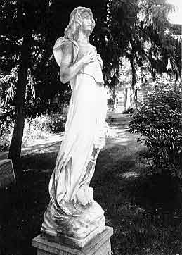 Turner monument at Glenwood Cemetery, taken by Loren