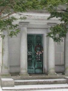 John-Hinkl-Mausoleum